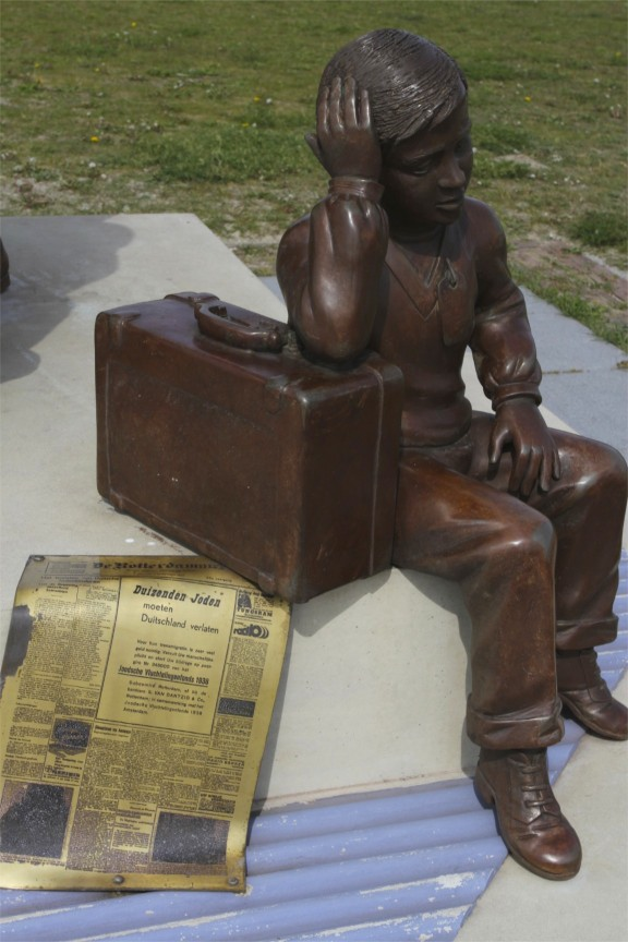 Statue to Kindertransport, Hook of Holland, Netherlands