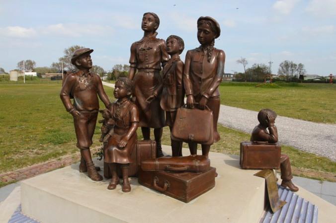 Statue to Kindertransport, Hook of Holland, Netherlands