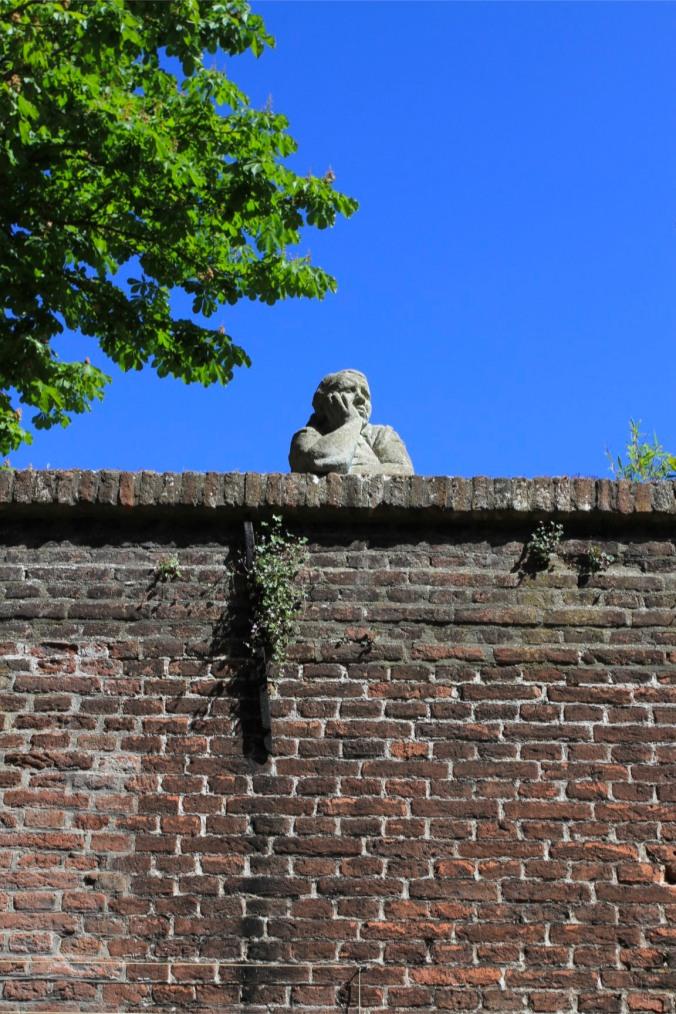 Statue, Middelburg, Netherlands