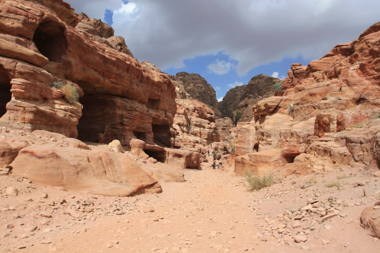 Start of the route up to the Monastery or El Deir, Petra, Jordan
