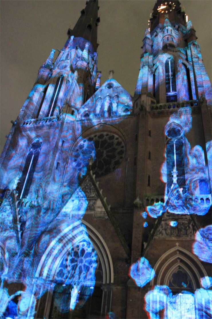 3D projection on Eindhoven Cathedral, GLOW Festival