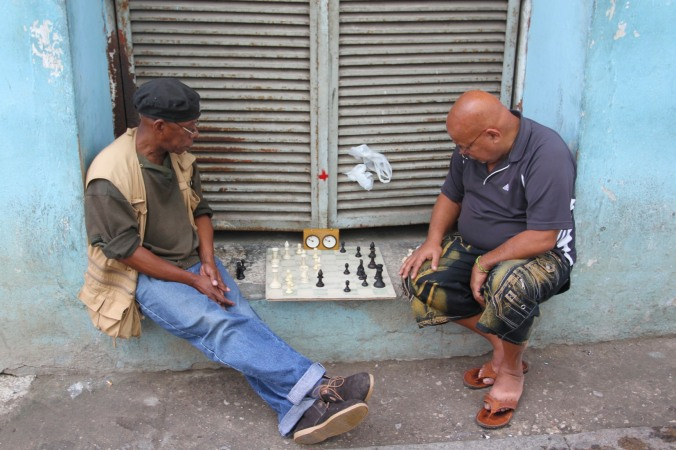 Playing chess, Havana Vieja, Cuba