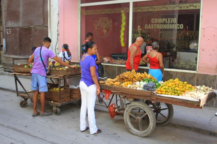 Fruit cart, Havana Vieja, Cuba