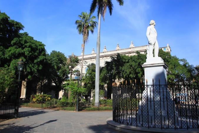 Plaza de Armas, Havana Vieja, Cuba