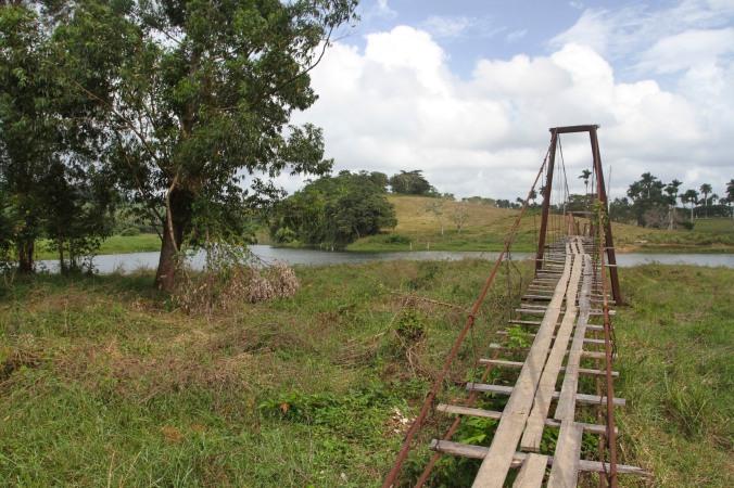 Rickety bridge, Finca la Guabina, Cuba