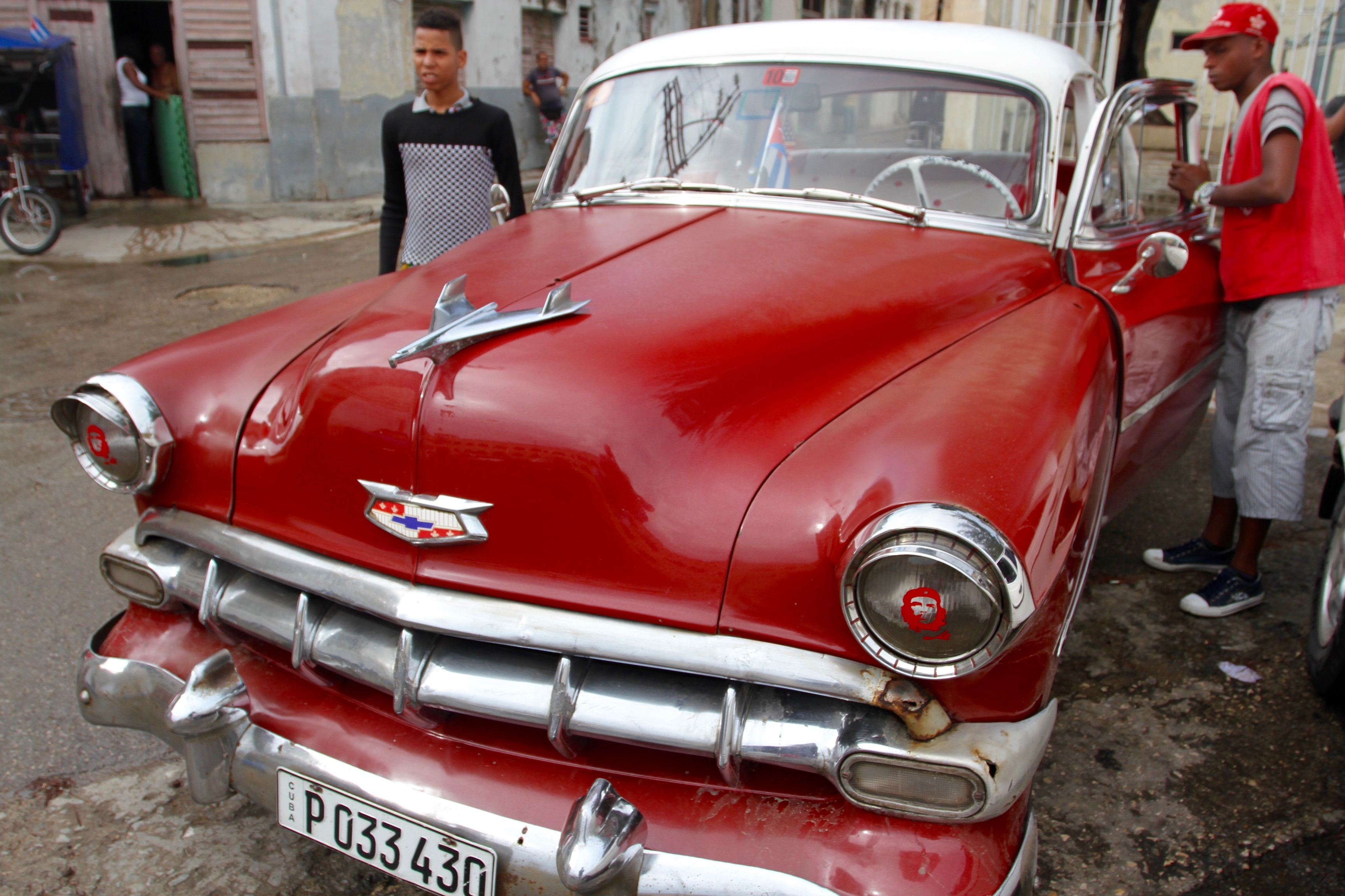 Cars cars cars a cuban icon notesfromcamelidcountry for American classic motor cars