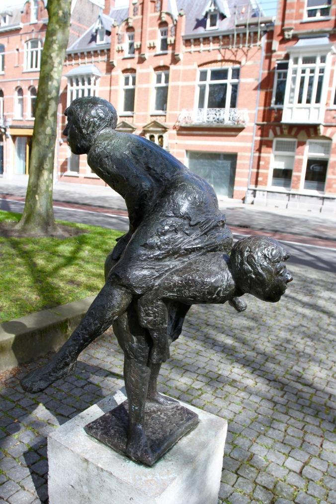 Statue, Den Bosch, Netherlands
