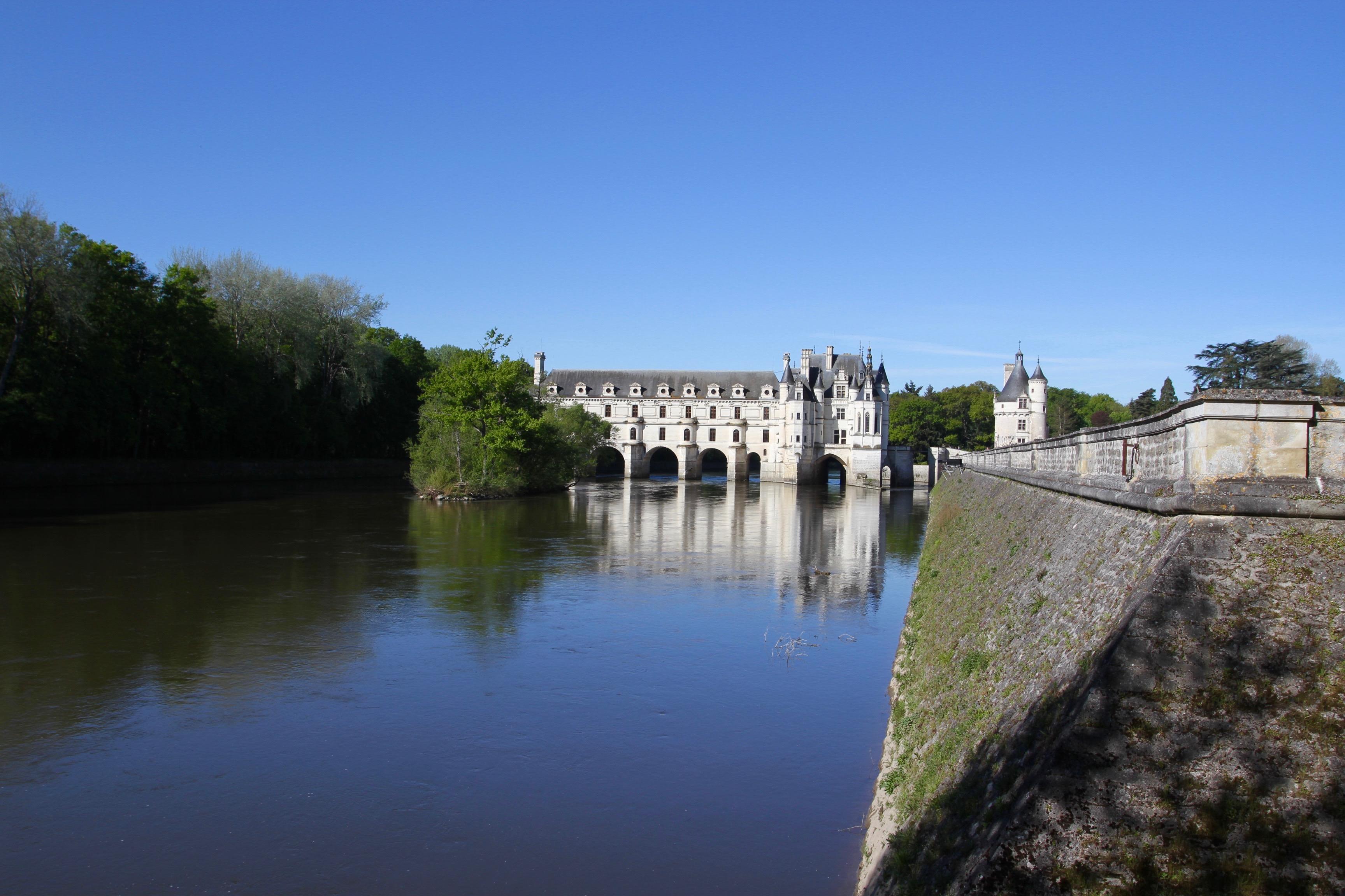 Château de Chenonceau, the castle of the six ladies ...