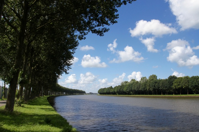 Cycling the River Vecht, Rijnkanaal, Netherlands