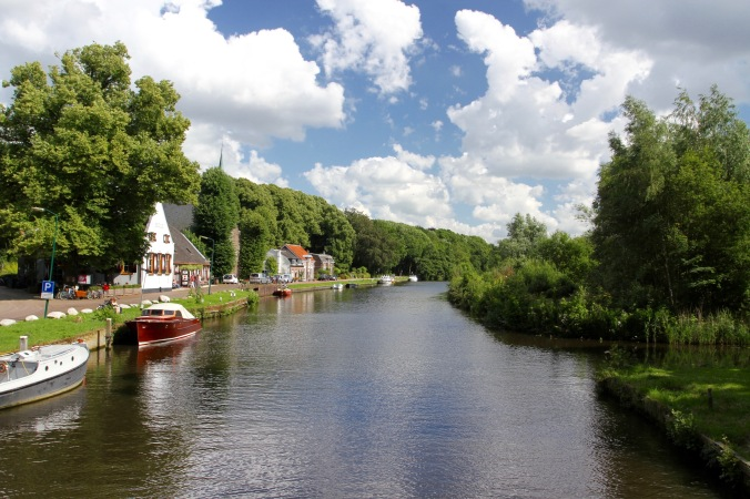 Cycling the River Vecht, Slot Zuylen, Netherlands