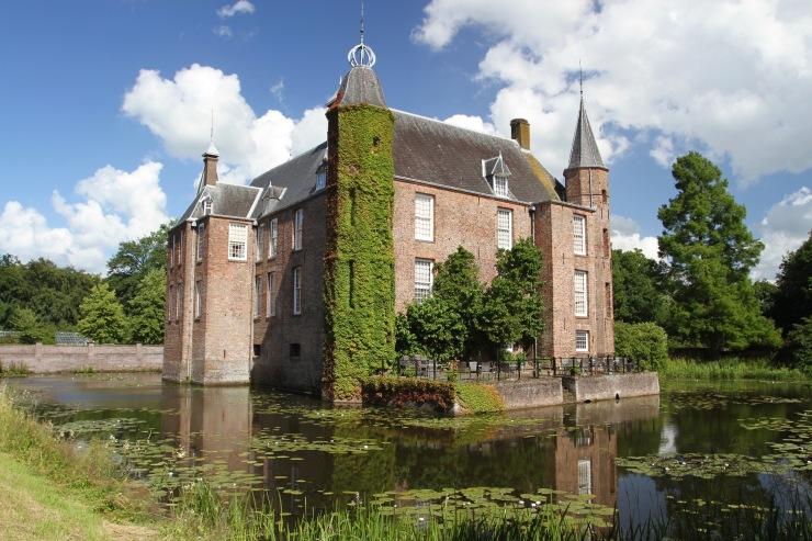 Cycling the River Vecht, Slot Zuylen, Netherlands
