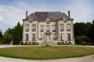 Chateau, Vertus, Côte des Blancs Champagne Route, France