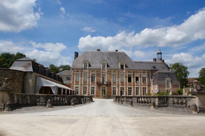 Chateau, Côte des Blancs Champagne Route, France
