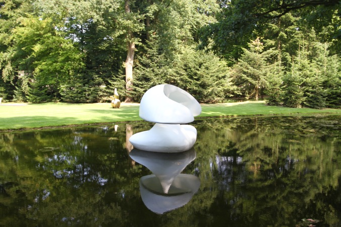Floating sculpture, Kröller-Müller Museum, Sculpture Garden, Netherlands