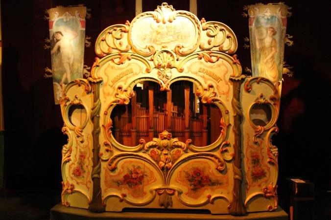 Organ, Musée des Arts Forains, Paris , France