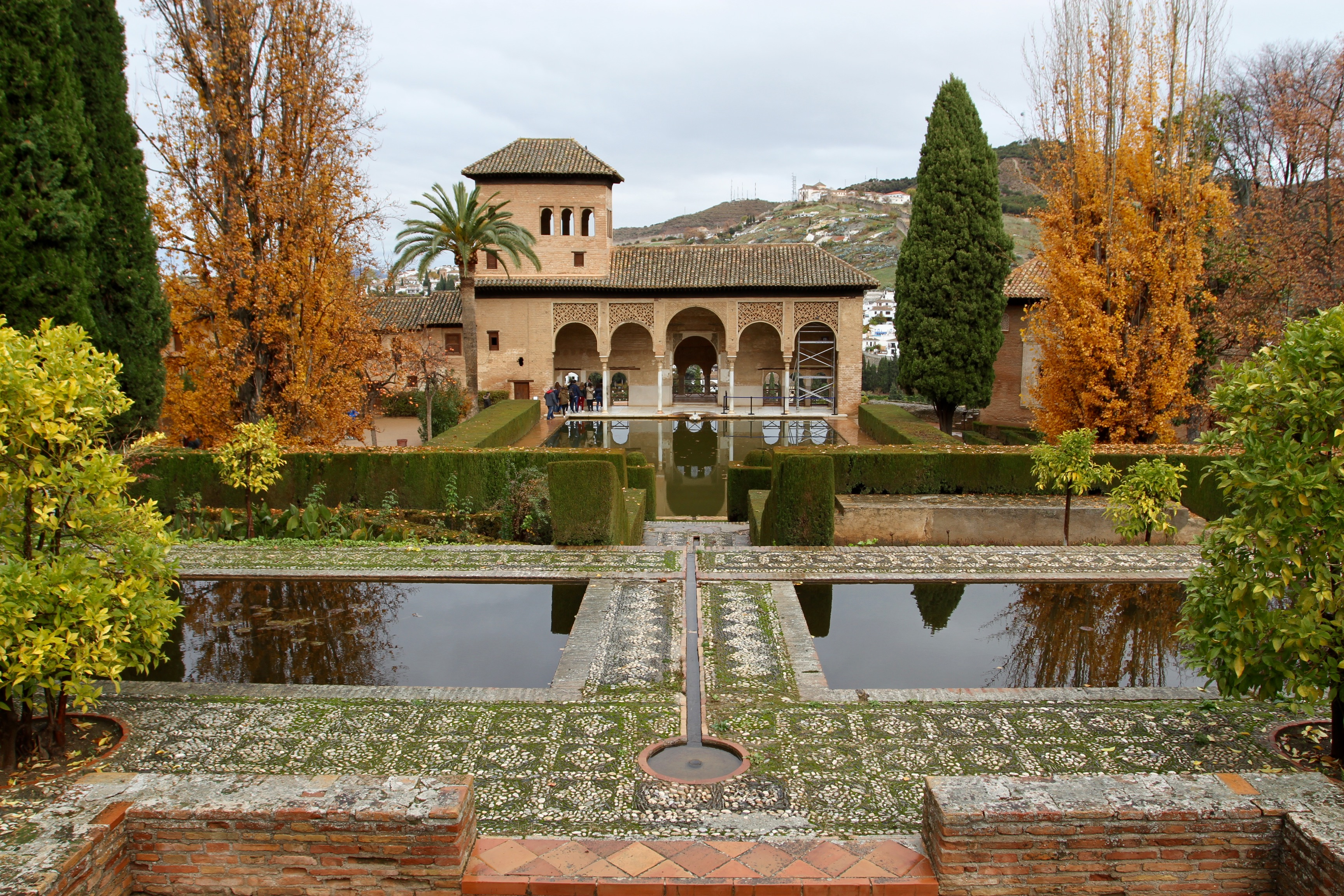 A rainy day at the Alhambra | notesfromcamelidcountry