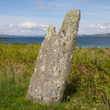 Carragh an Tarbert standing stone, Isle of Gigha, Scotland