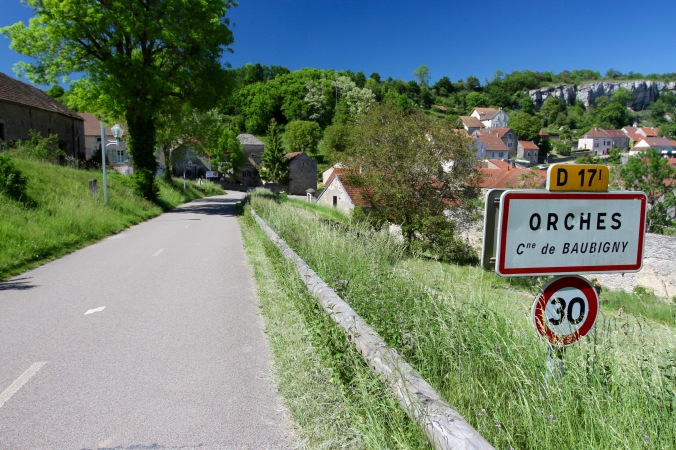 Orches, Route des Grand Crus, Cote de Beaune, Burgundy, France