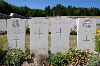 War cemetery, Courmas, Montagne de Reims, Champagne, France