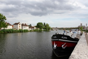 Yonne River, Auxerre, France