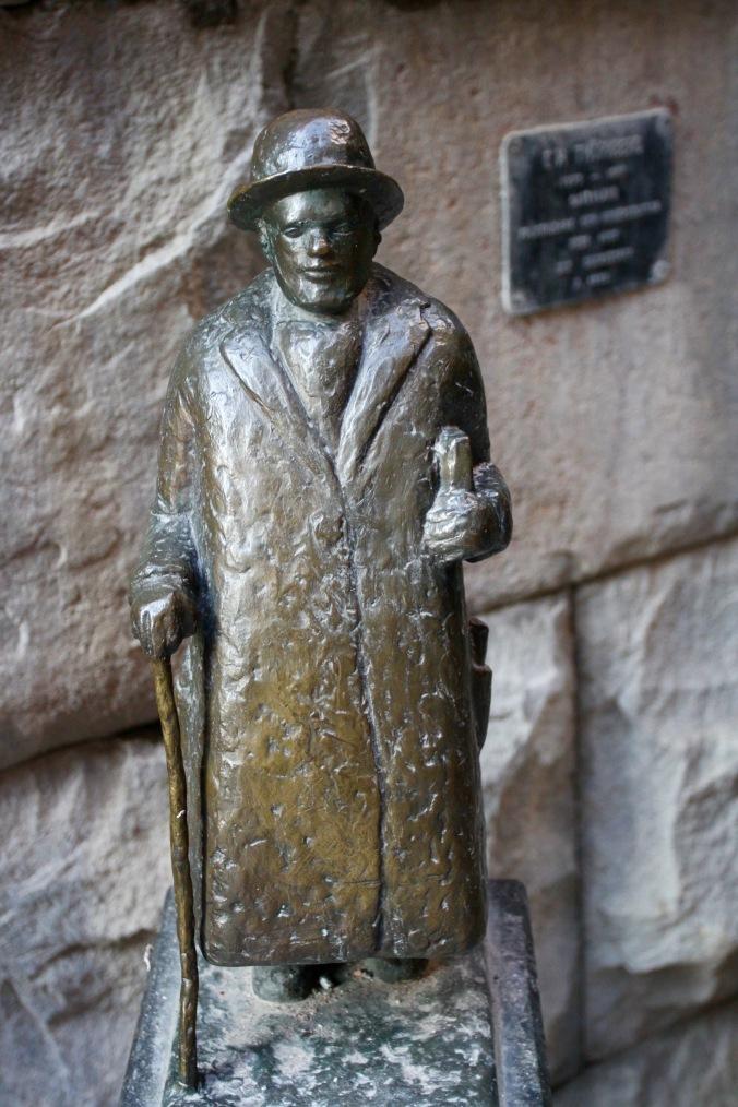 Tiny statue, Stockholm, Sweden