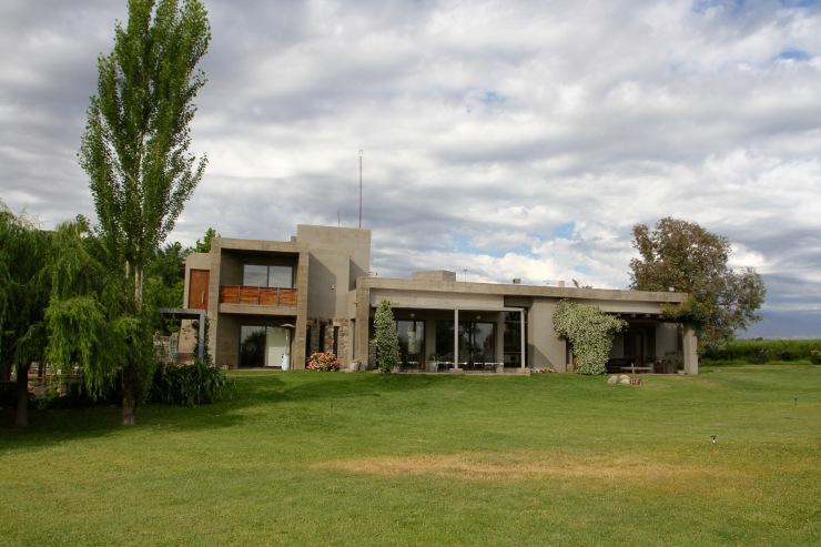 Finca La Azul, Valle de Uco, Mendoza, Argentina