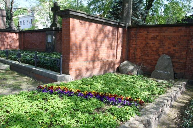Bertolt Brecht's grave, Dorotheenstädtischer, Berlin, Germany