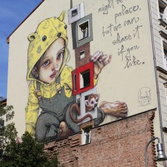 My home might be no palace, Street Art, Berlin, Germany