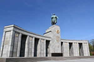 Russian memorial, Tiergarten, Berlin, Germany
