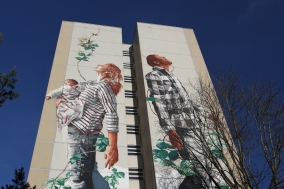 Cycle of Life by Fintan Magee, Street Art, Berlin, Germany